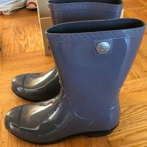 Ugg rain boots Sienna size 9 gray